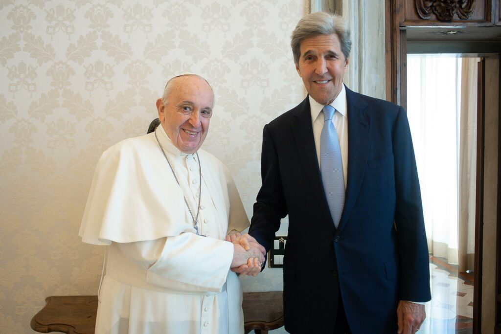 US climate envoy Kerry meets with pope on climate crisis