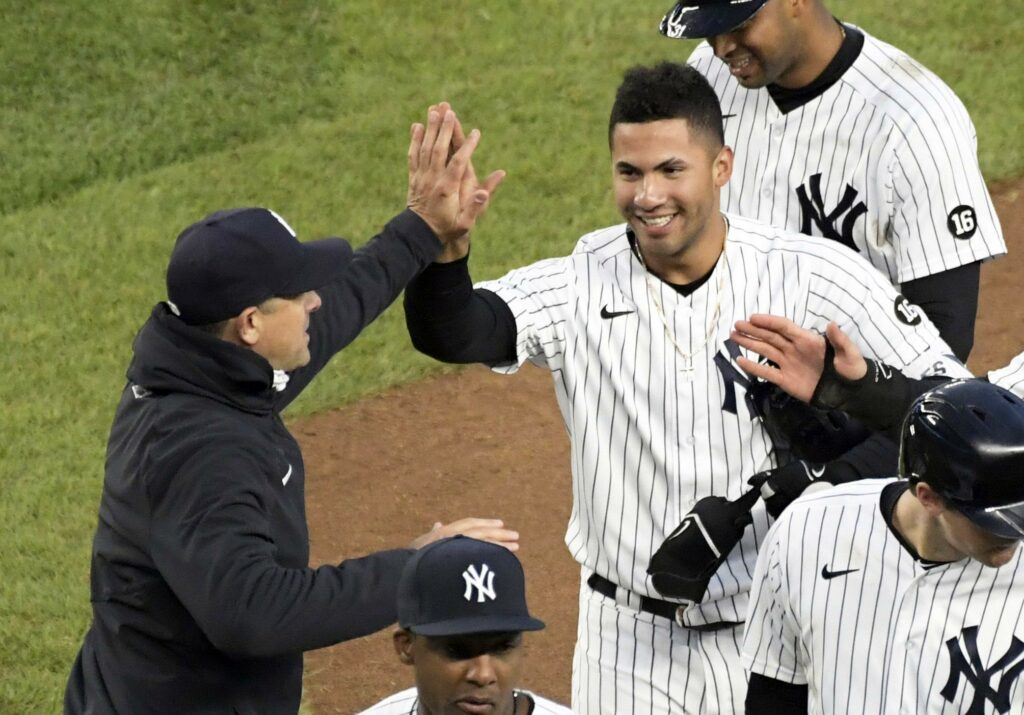 Yankees' Torres positive for COVID despite being vaccinated